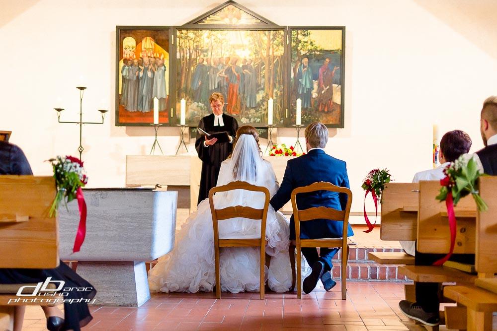 Kirchliche_Hochzeit_am_Schliersee_Hochzeitsfoto