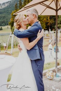 Brautpaar_am_Schliersee_Küssen_sich